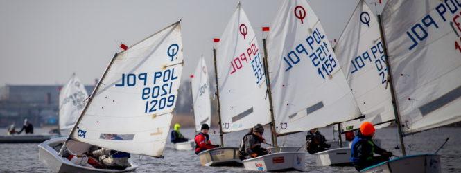 Mistrzostwa Polskiego Stowarzyszenia Klasy Optimist do lat 13 – ostatnie dni zgłoszeń na SailingNet.